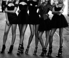 Little black dresses <3