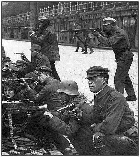 [spartacist-revolt-germany-freikorps-suppress.jpg]