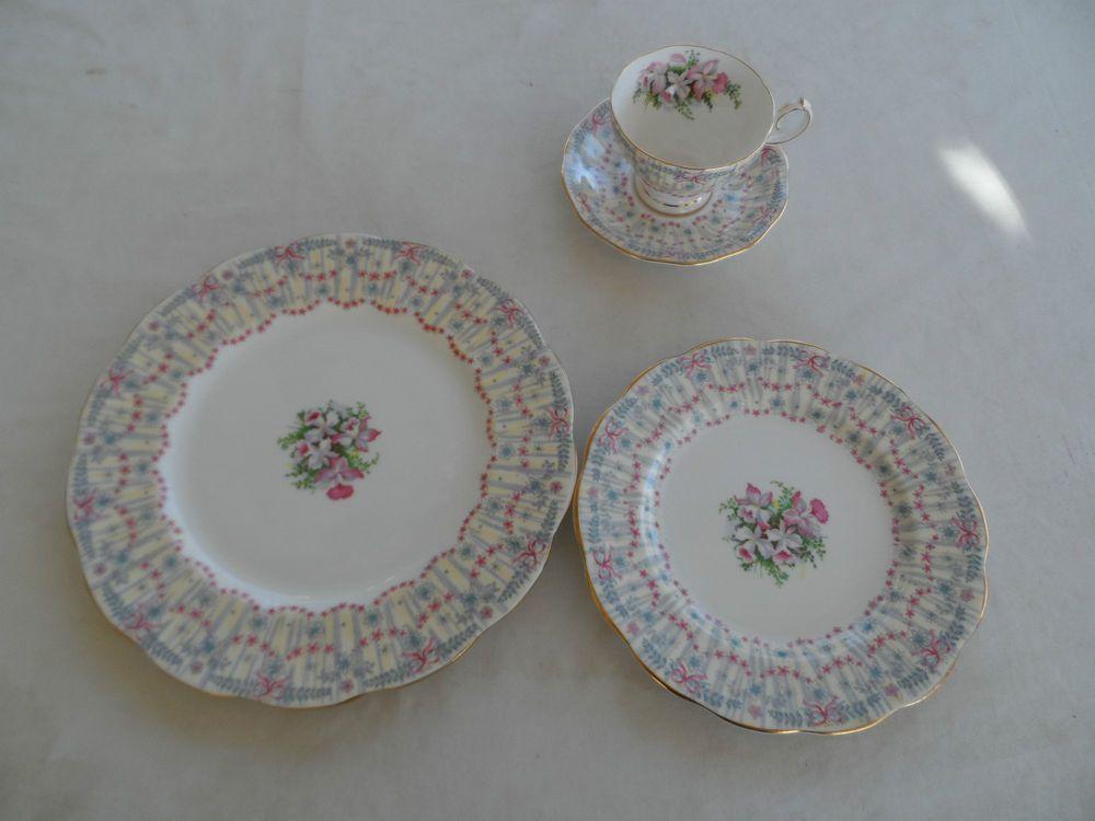 Lovely Fine China Anne Dinner Plate