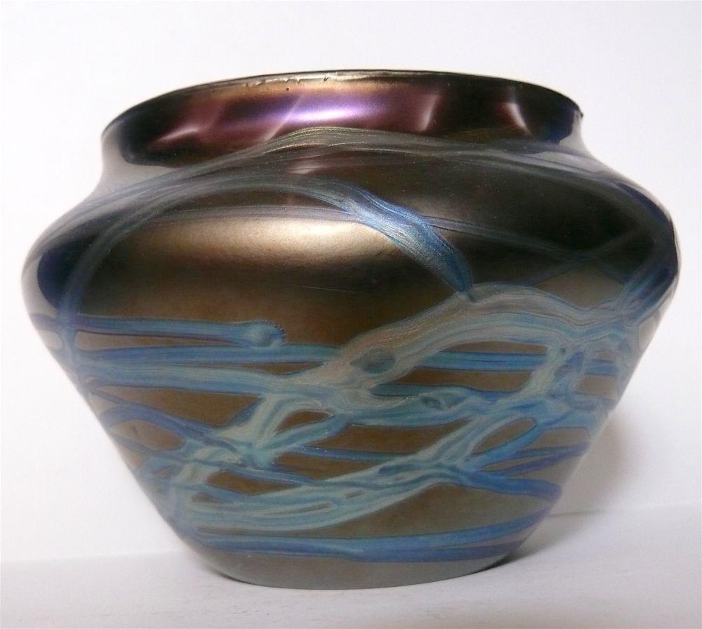Vintage bohemian art nouveau glass vase cobalt iridescent kralik vintage bohemian art nouveau glass vase cobalt iridescent kralik loetz era mannerofkralikloetzsteubentiffany reviewsmspy