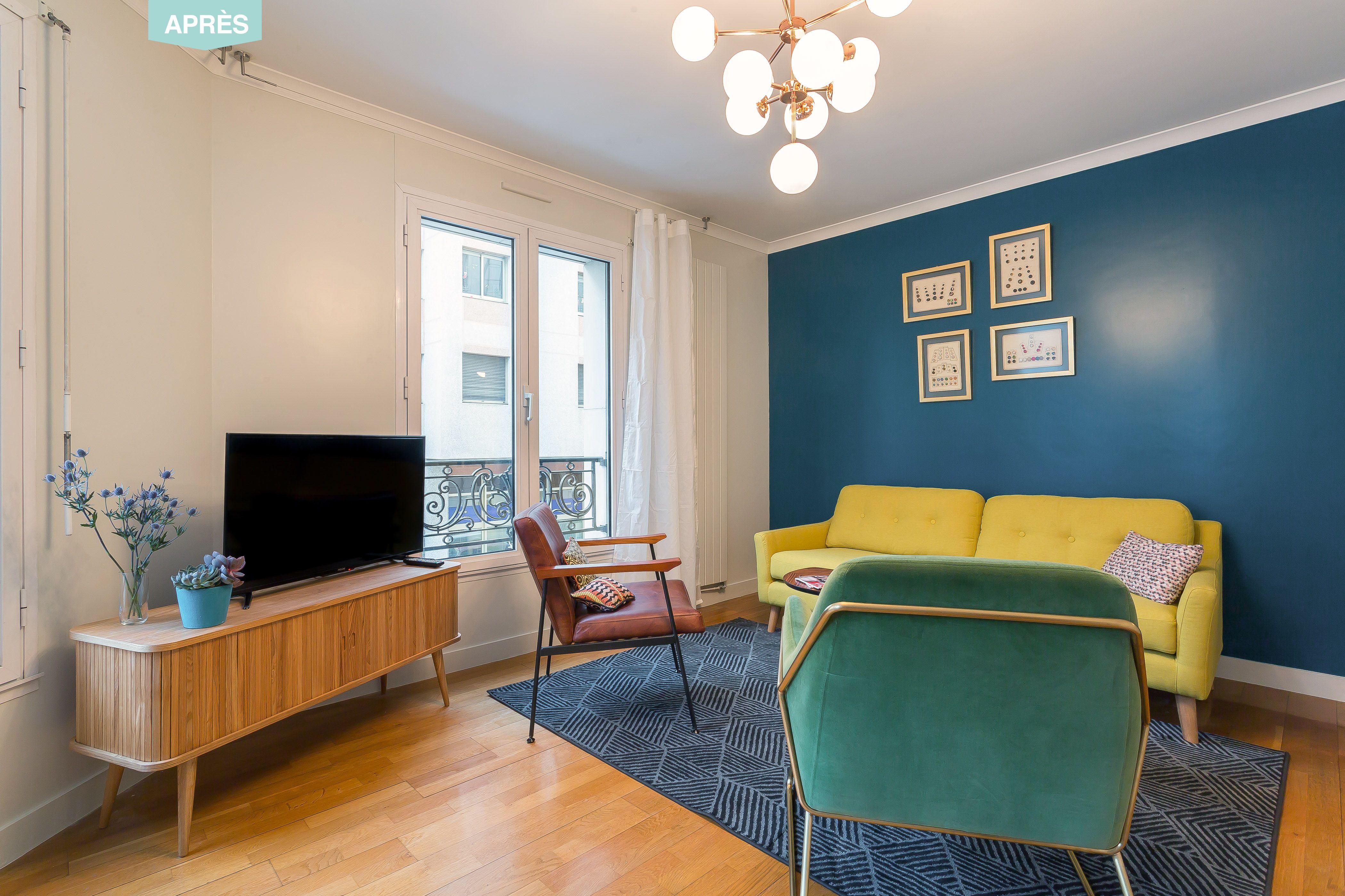 Un appartement vintage à Lyon #salon #bleu #jaune #MadMen #cosy ...