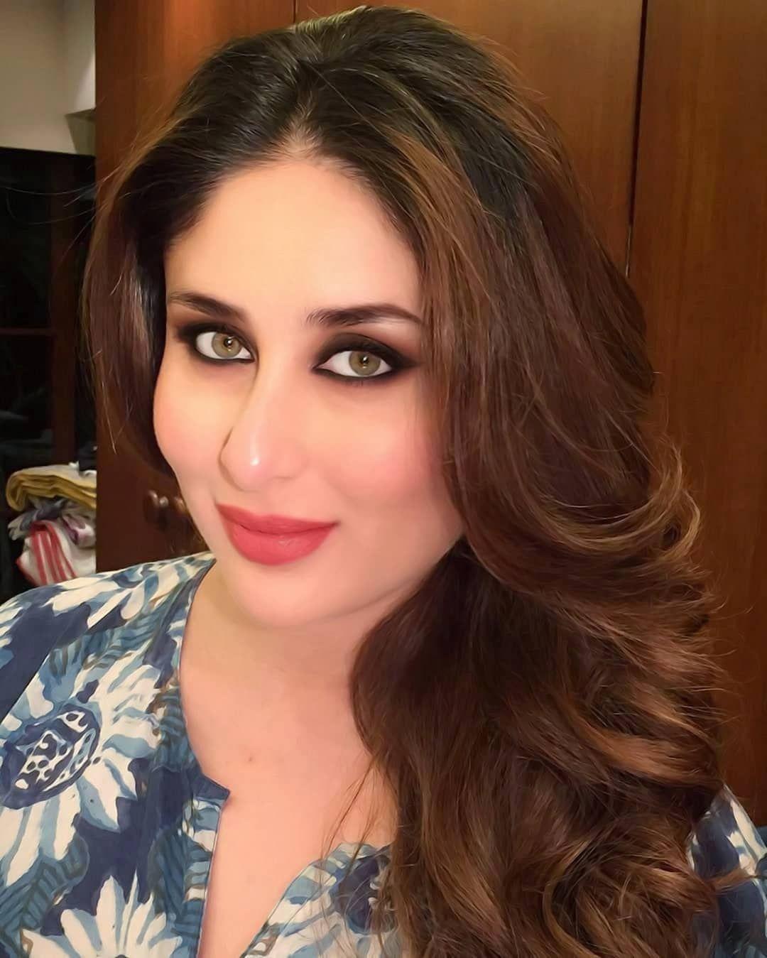 Image May Contain 1 Person Selfie And Closeup Kareena Kapoor Photos Kareena Kapoor Bikini Kareena Kapoor