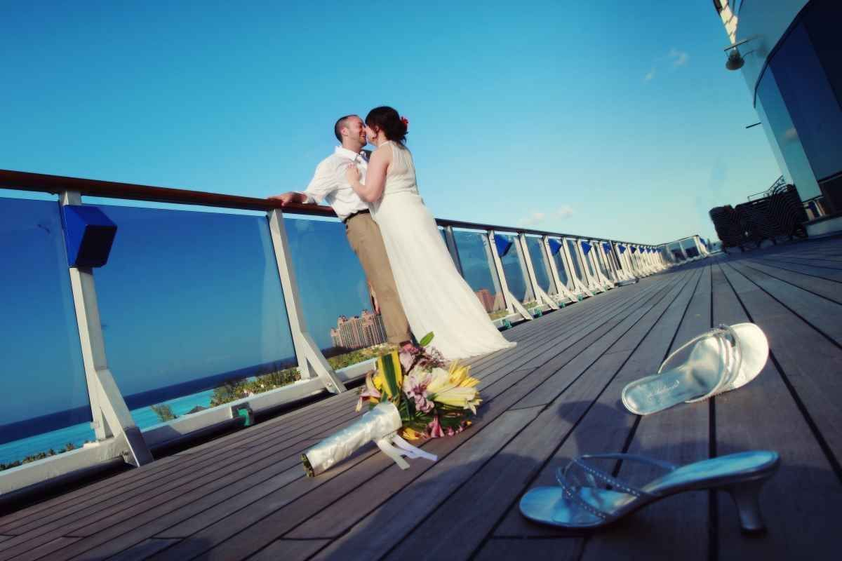 A Wedding Aboard A Carnival Cruise Ships Is The Place Wild