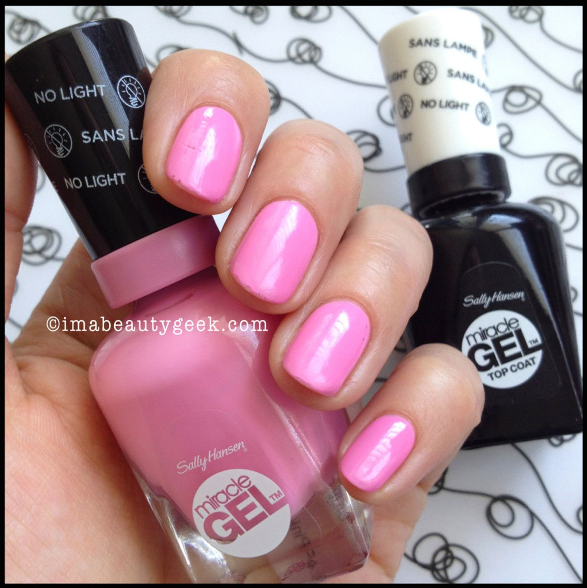 SALLY HANSEN MIRACLE GEL REVIEW + COLOR COLLECTION SWATCHES