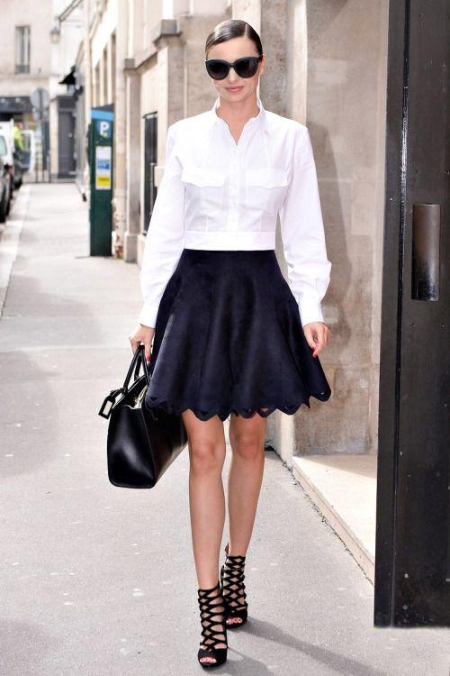 Miranda Kerr chancleteando por París.