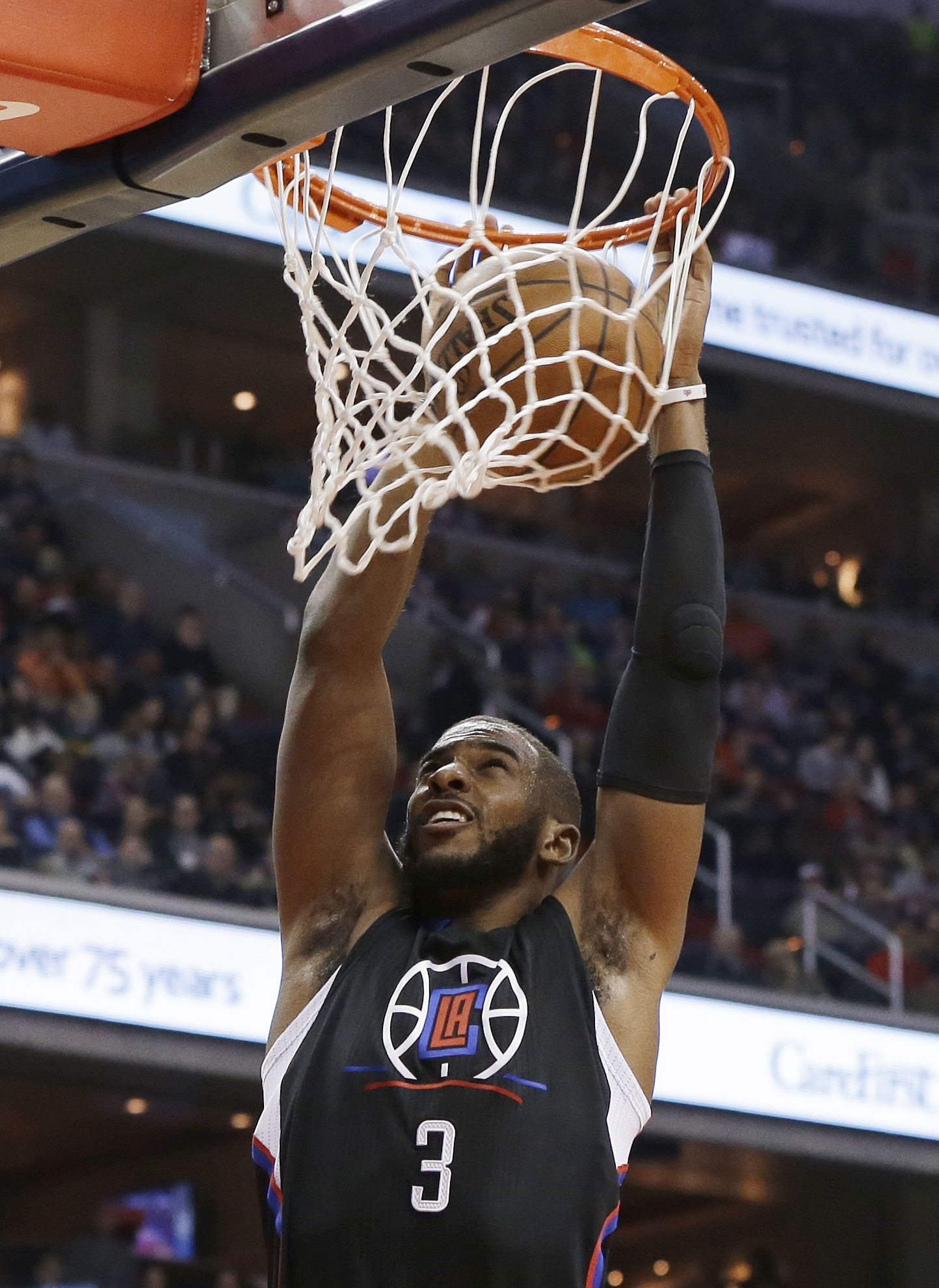 Chris Paul Throws Down Two Dunks In Clippers Win  bd234f291