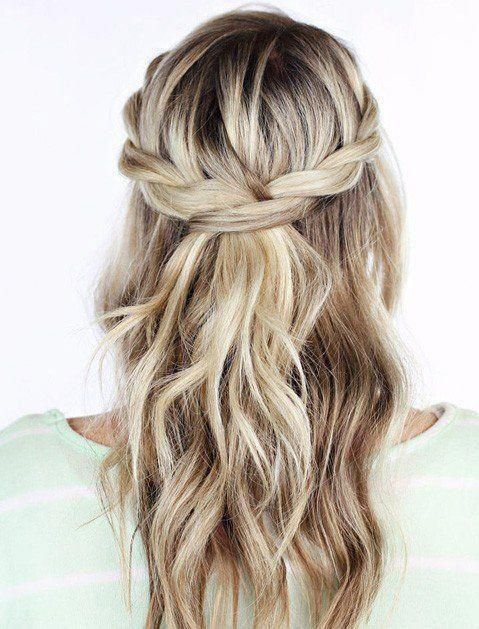 30 Gorgeous Holiday Hairstyles Mom Fabulous Hair Styles Homecoming Hairstyles Thick Hair Styles
