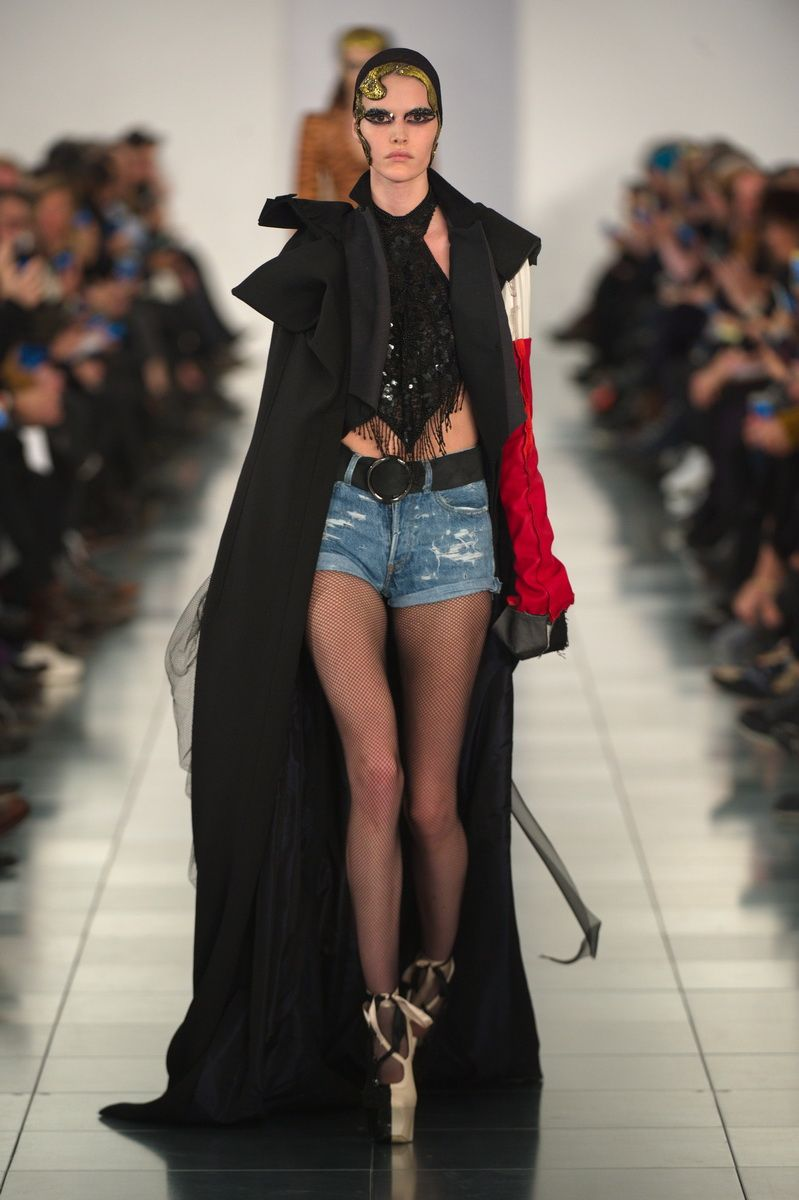 Welcome back, John Galliano! -Maison Martin Margiela Spring 2015 Couture Runway – Vogue