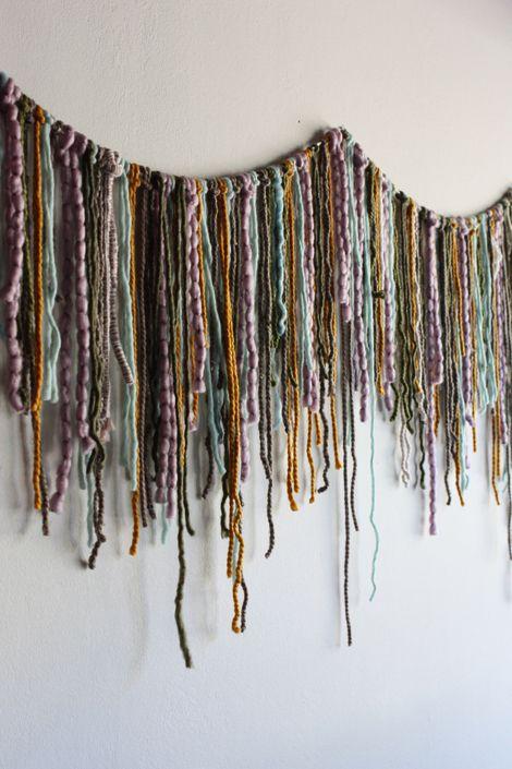 Yarn garland