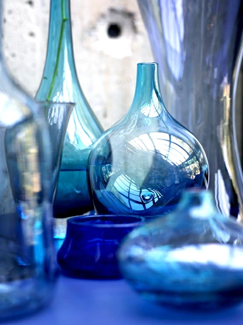 Materials and furniture that should be in every coastal home pc beautiful pc blue vases perfect for a pop of color in your home colorsoftheweek reviewsmspy
