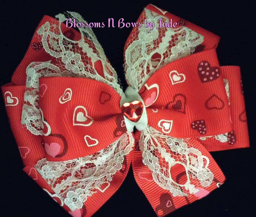 Hearts u lace red u white hairbow valentineus day alligator clip