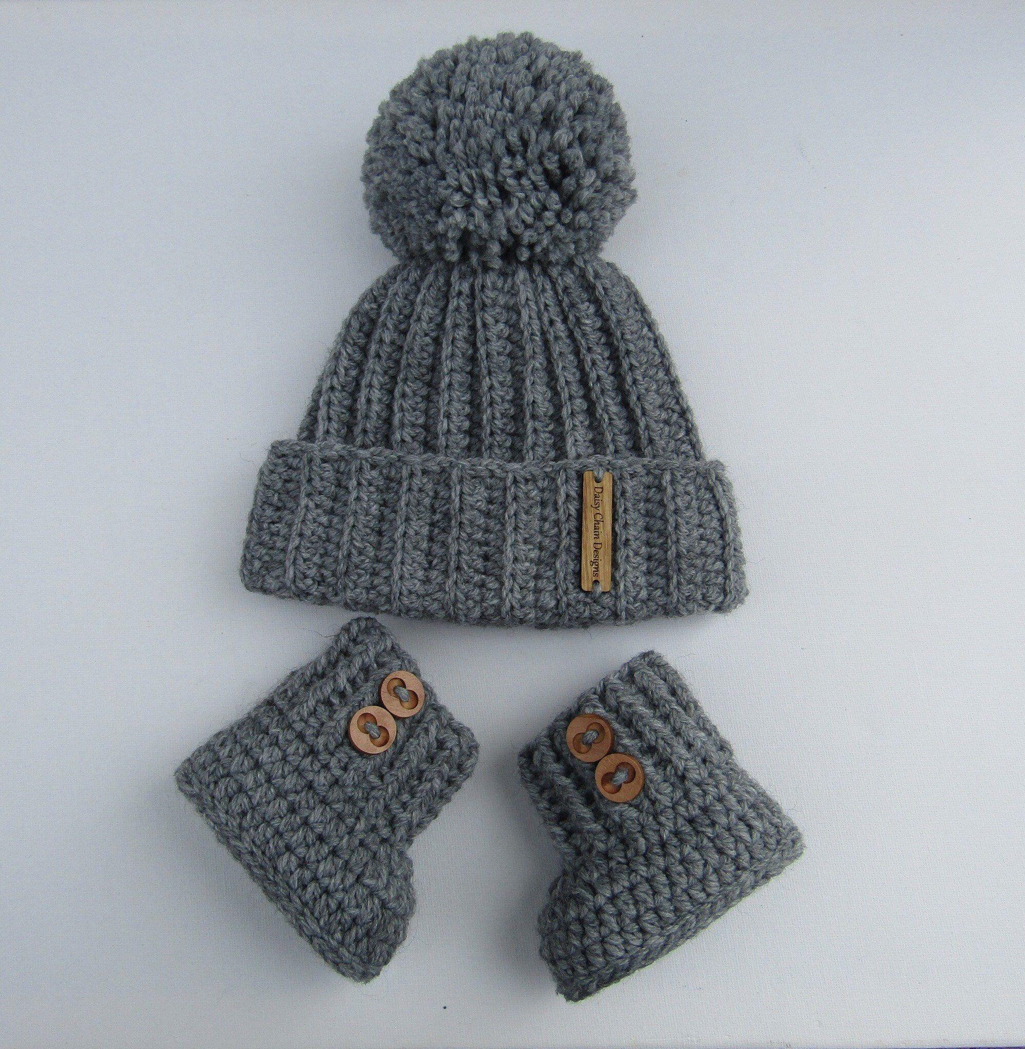 Photo of Items similar to Baby booties, crochetbooties, crochet shoes, crochet boot and hat set, baby boy gift, newborn gift, uk handmade on Etsy
