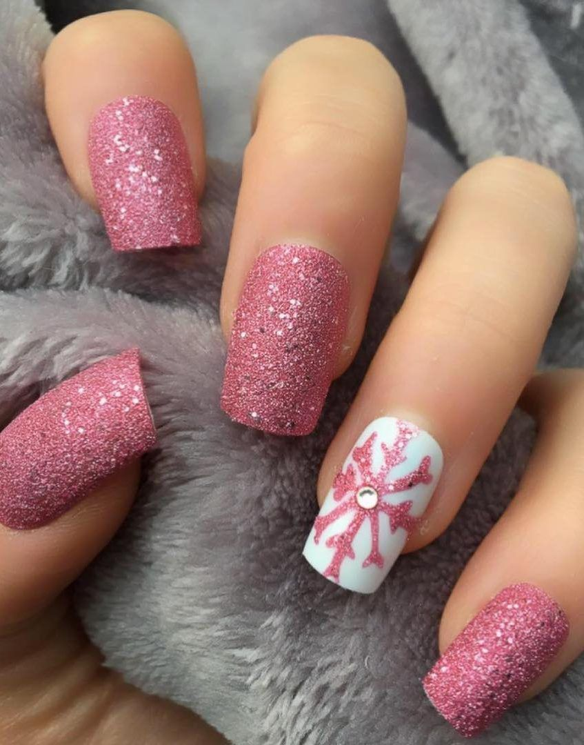25 Bright And Awesome Christmas Nails Art Design And Polish Ideas For 2019 Page 16 Of 25 Ladiesways Com Women Hairstyles Blog Christmas Nail Designs Pretty Nail Art Designs Christmas Nails Diy