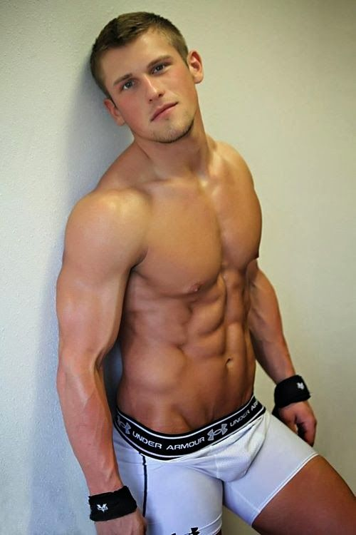 Sexy boys wiht no shirt