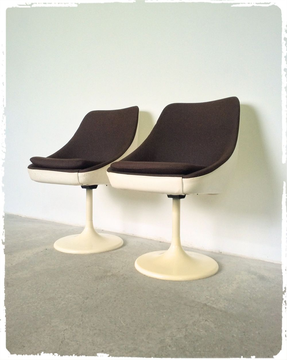 Oompa Paire De Fauteuils Chaises Pied Tulipe Joe Colombo Erzeugnis Lush 1972 Lounge Chair Egg Chair Chair