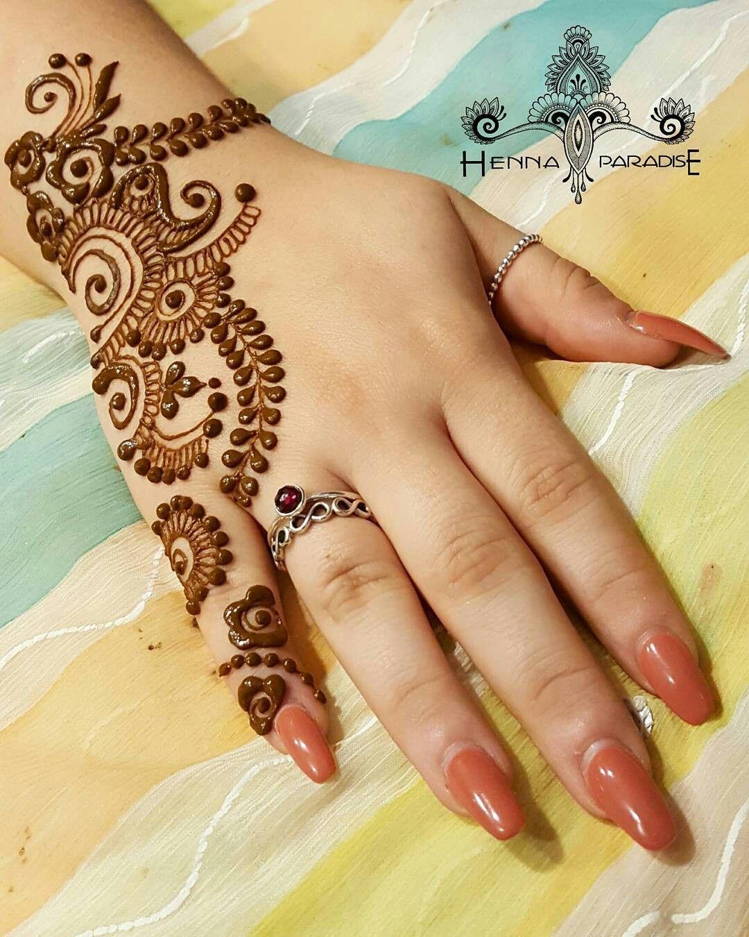 Beauty Lies In Elegance Henna Mehndi Mehendi Henna Henna