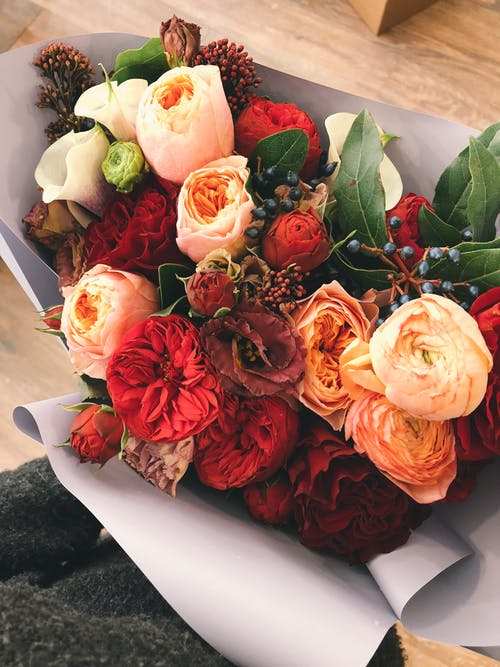 اجمل باقة ورد في العالم أحلى باقة ورد في العالم Zina Blog Flowers Bouquet Valentines Day Gifts For Him Marriage Fresh Flower Delivery