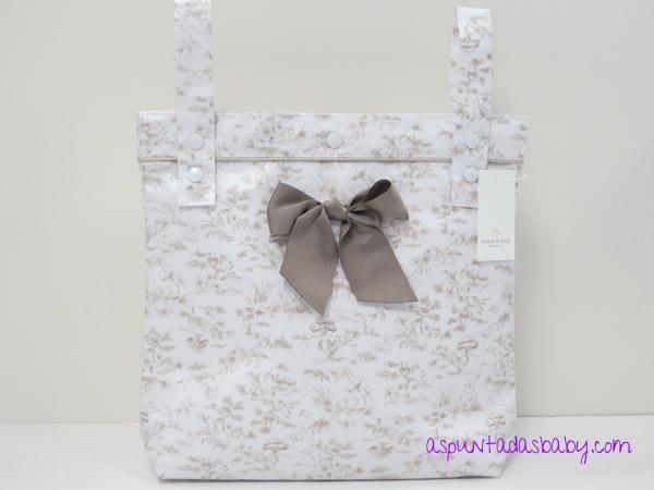 d112526a5 Bolsa panera Home & Kids piqué plastificado mate mod. Adele color  blanco-beig.
