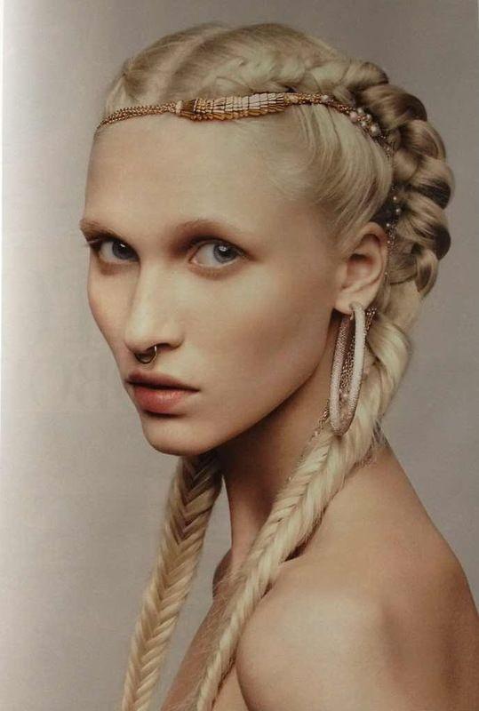 cocovaughn Harper's Bazaar Ukraine March 2013 Cheveux