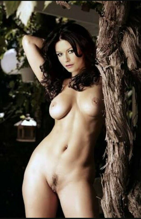 Catherine zeta jones nude pic