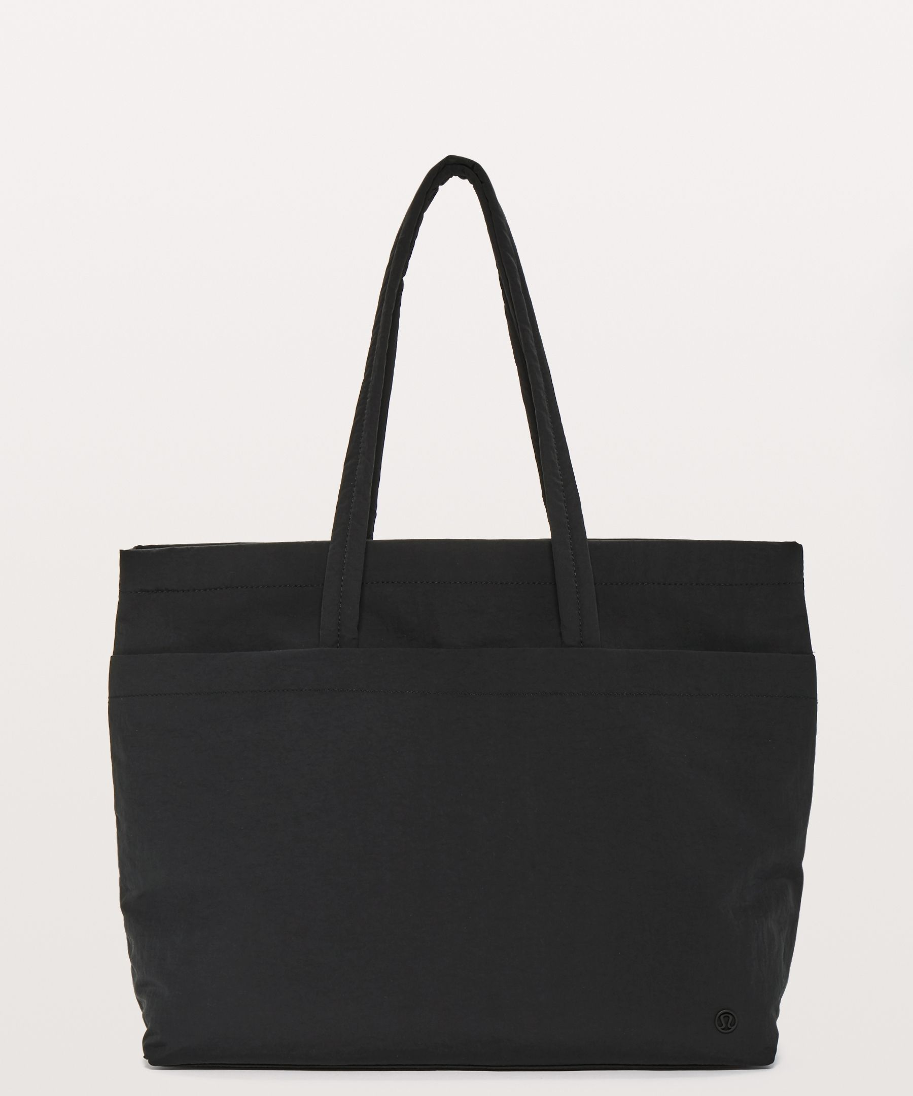 f8da42f6d2d On My Level Tote Large 15L - With pockets inside and out, this ...