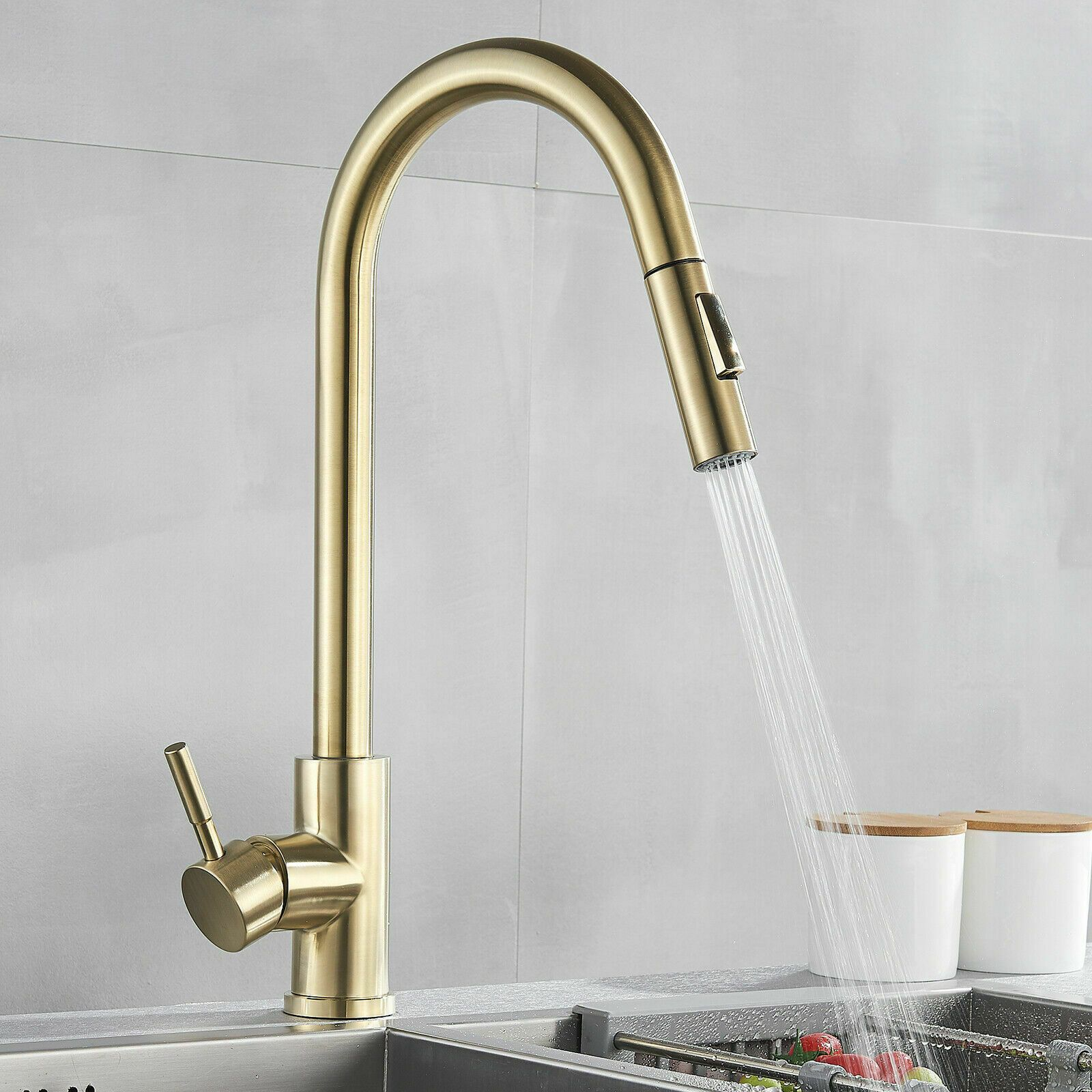 Brushed Gold Kitchen Sink Faucet With Pull Out Sprayer Single Hole