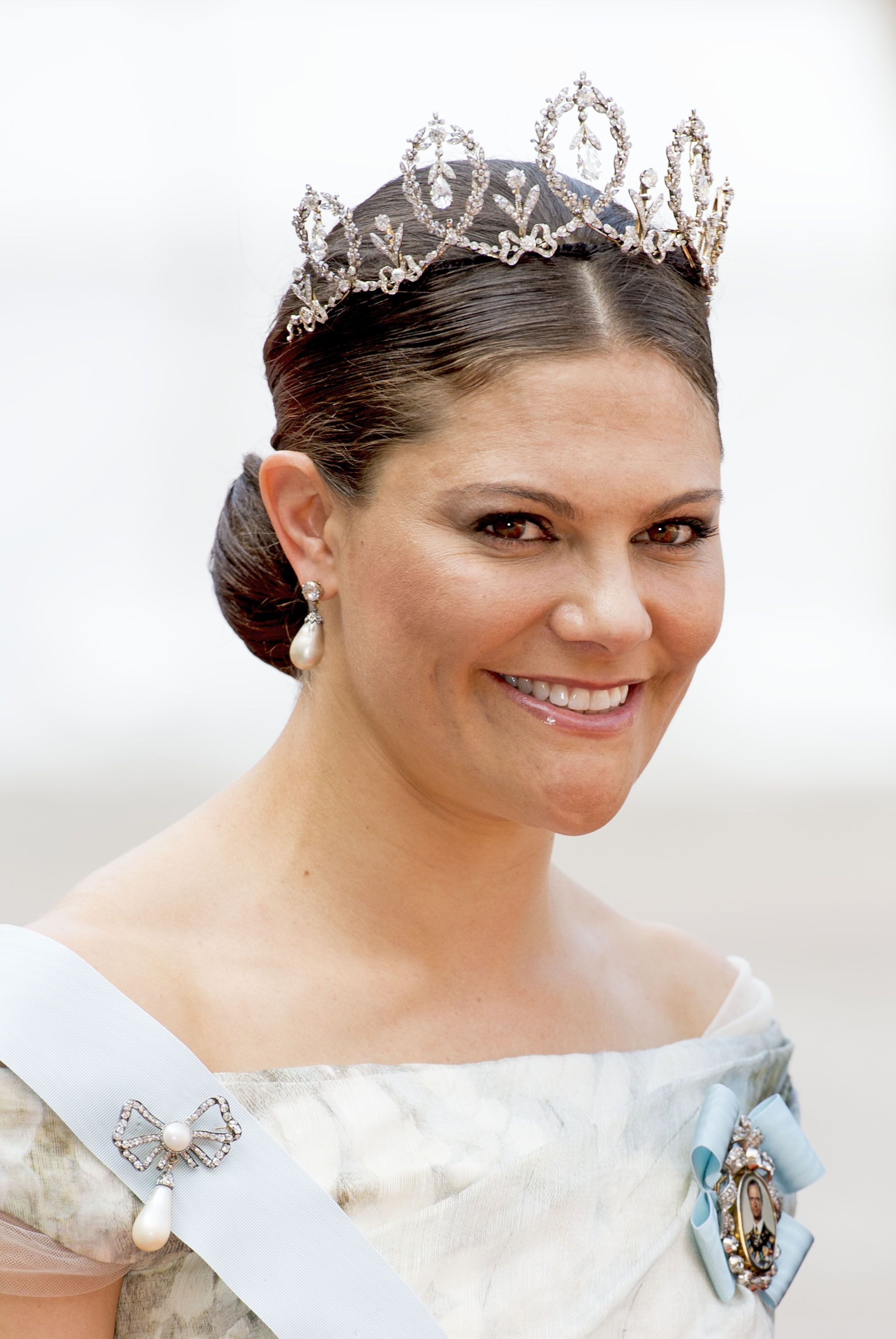 Swedish Crown Braid Tutorial: Crown Princess Victoria Wore The Connaught Tiara For The