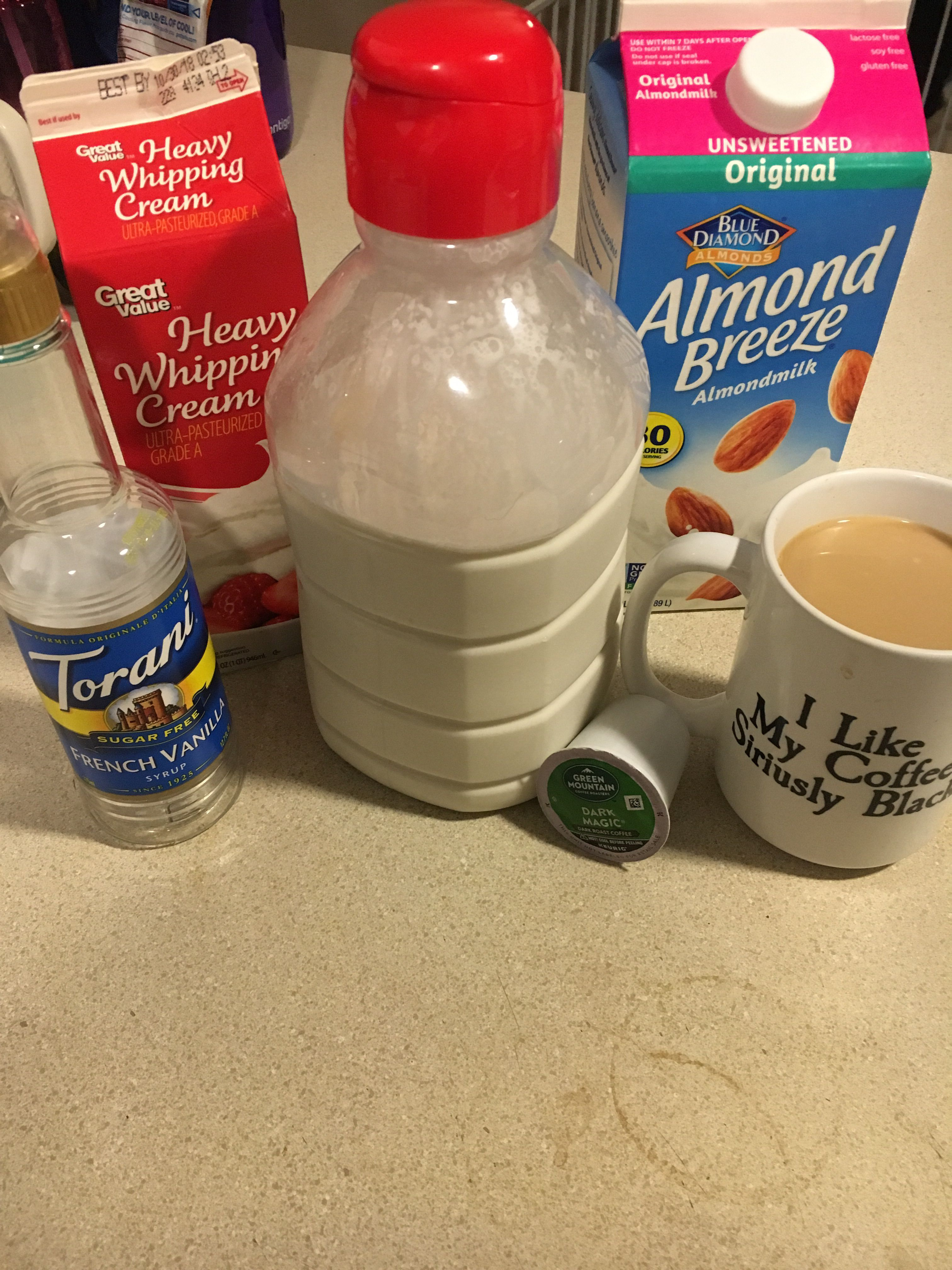 Low carb coffee creamer😋 Heaving whipping cream and