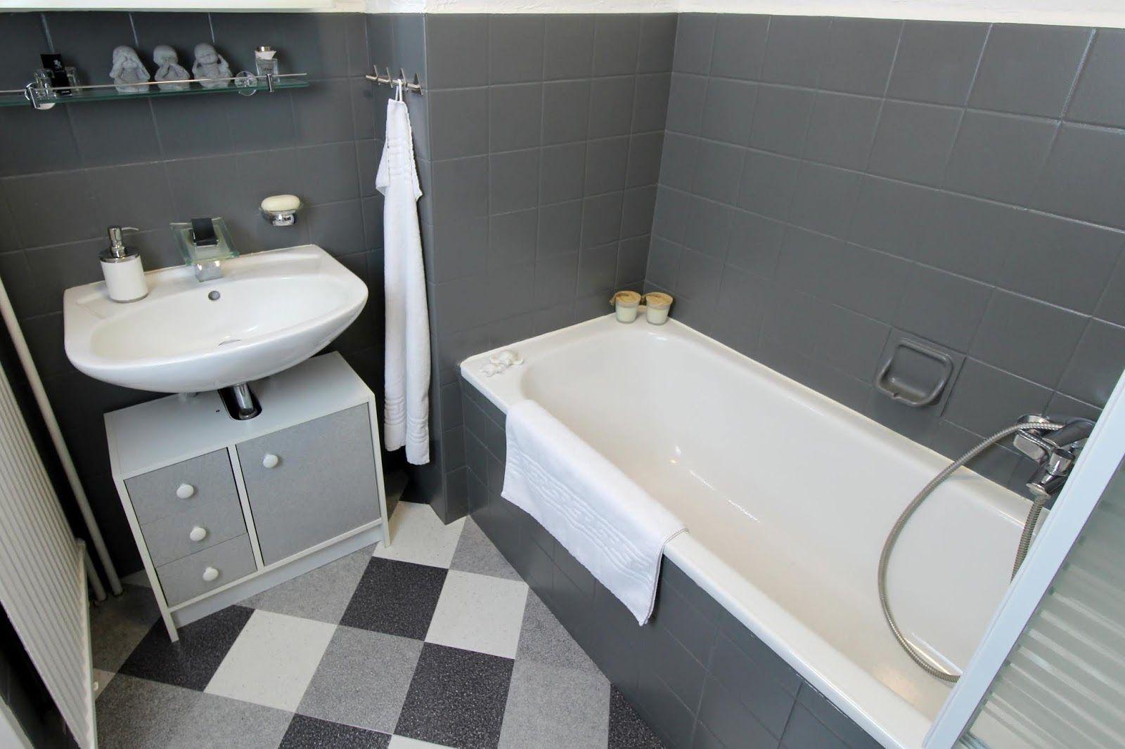 Diy Badezimmer Streichen Und Renovieren Mit Fliesenfarbe Badezimmer Badezimmer Streichen Neues Badezimmer