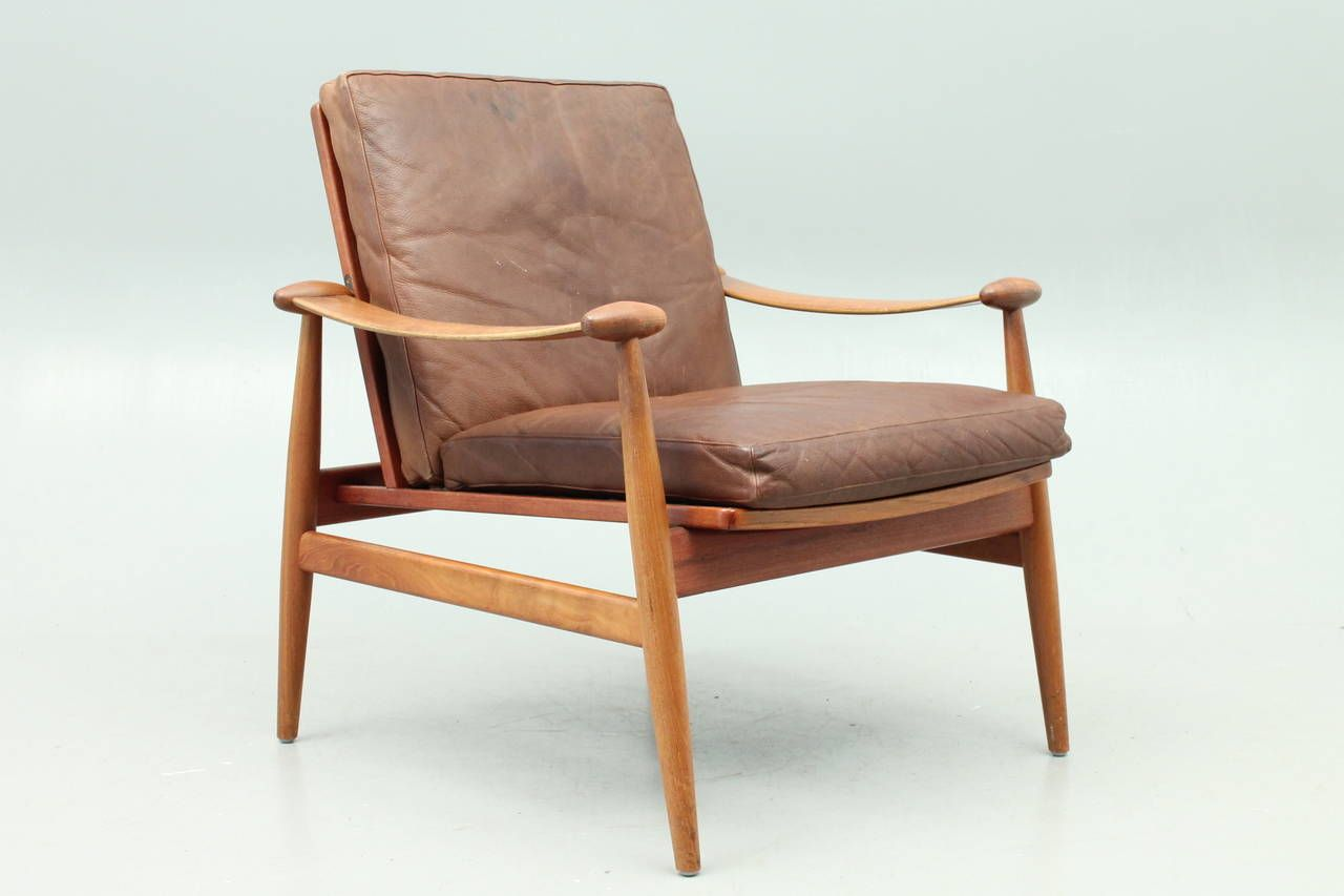 Finn juhl spade chair fd133 with brown leather danish