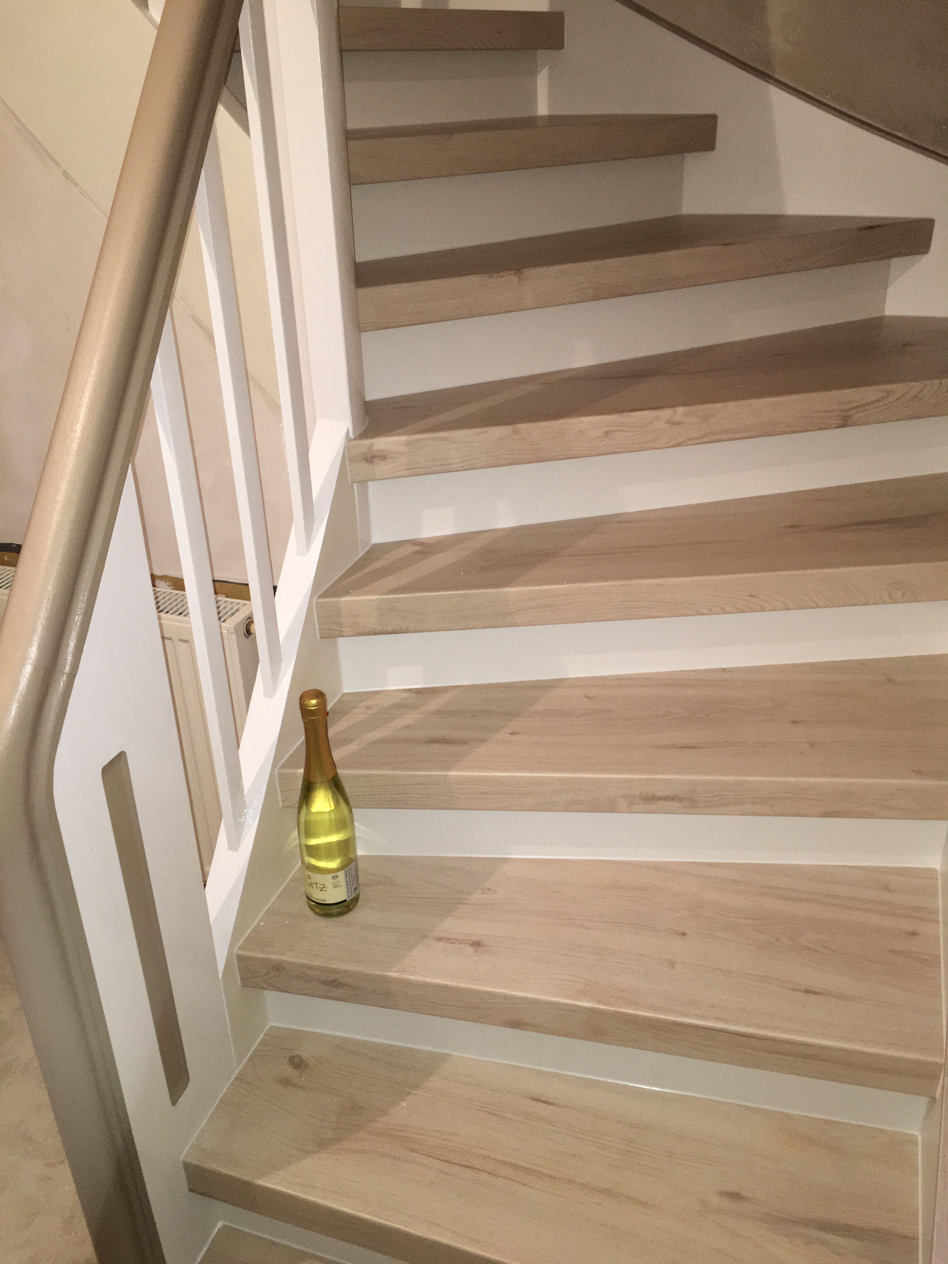 Alte gewendelte Treppe wieder Neu Alte Treppe neu