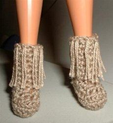 Morning Dove - Barbie boots - Free pattern #crochetedbarbiedollclothes