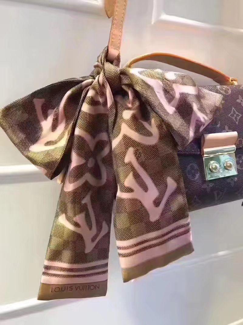 Louis Vuitton lv new twill scarf 9x120cm   foulards   Pinterest ... 06bd94ee69e