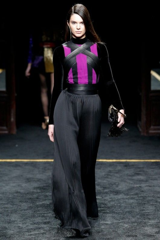 4ea8437c Balmain PFW F/W 2016 - Kendall Jenner 🎮-1ne-stop 🌎 Channel 4the comic  enthusiast & Major League Gamer. E-mail all of your cool game clips to ...
