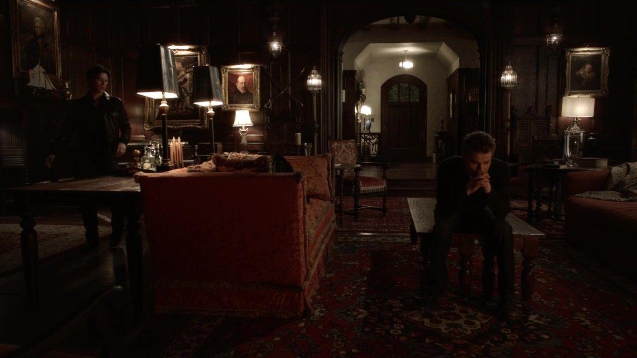 Vampire diaries bedroom - Salvatore House Vampire Diaries Stefan Salvatore The Vampire Diaries 3x16 1912 Hd Screencaps