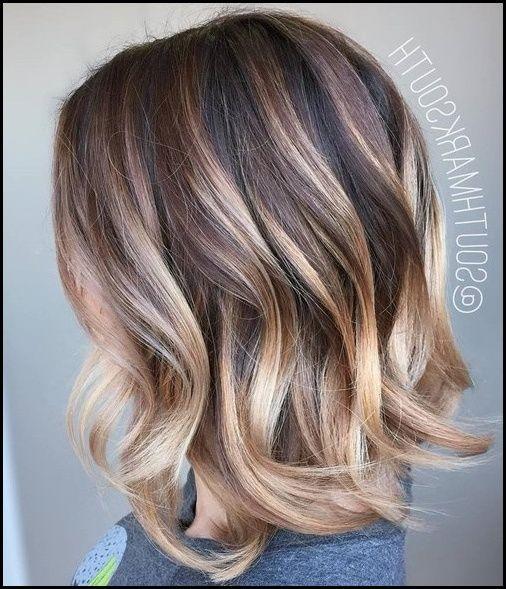 15 Frisuren Dunkelblonde Haare Mit Strahnen Haare Pinterest Meine Frisuren Dunkelblonde Haare Haarfarben Haarschnitt