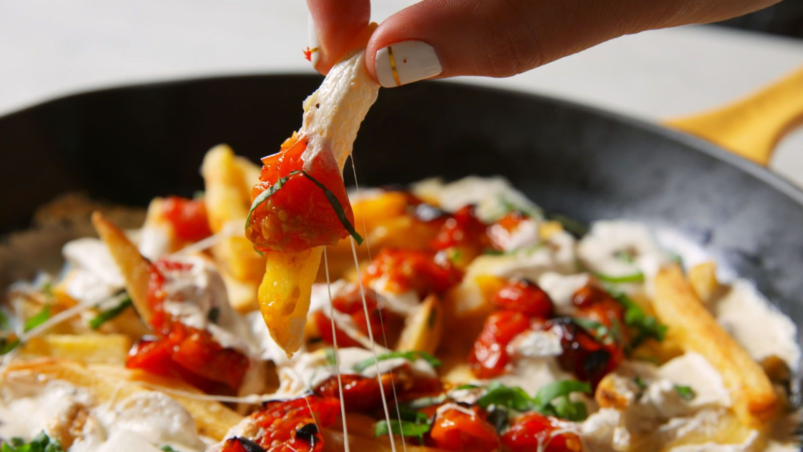 Margherita Pizza Fries Recipe Pizza Fries Pizza Recipes Homemade Appetizer Recipes