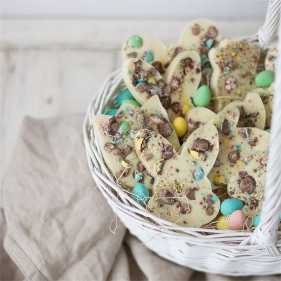 Bunny Bark by @pinblondielocks - #KeepOnCooking #Desserts #Sweets #Easter
