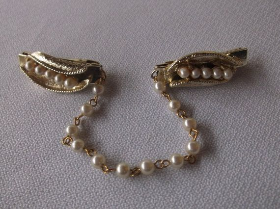Vintage Faux Pearl Sweater Clip with Pearl by michellewvintage