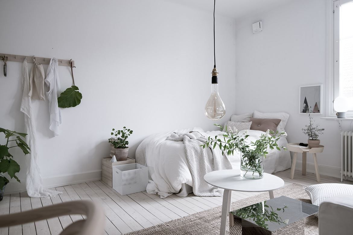 Studio Apartment Minimalist scandinavian studio apartment in light neutral colors | studio