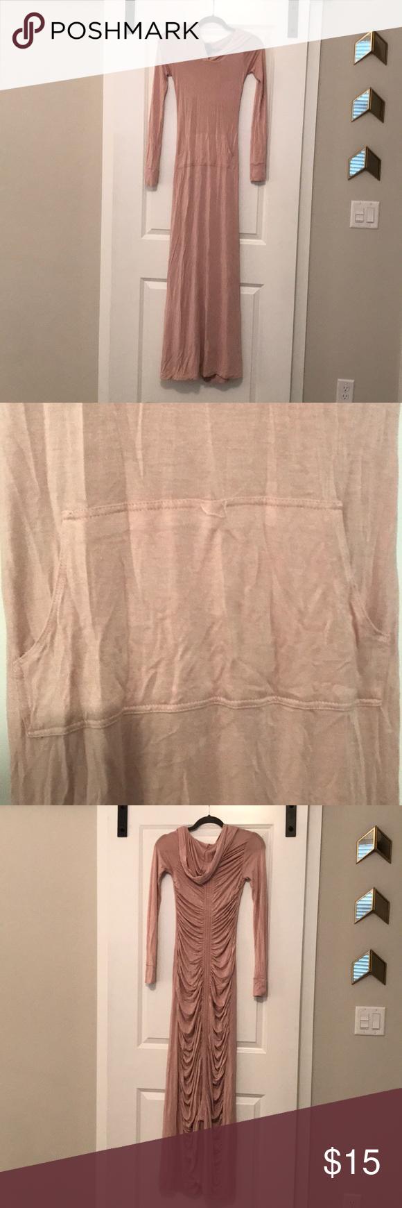 Long sleeve hooded maxi dress