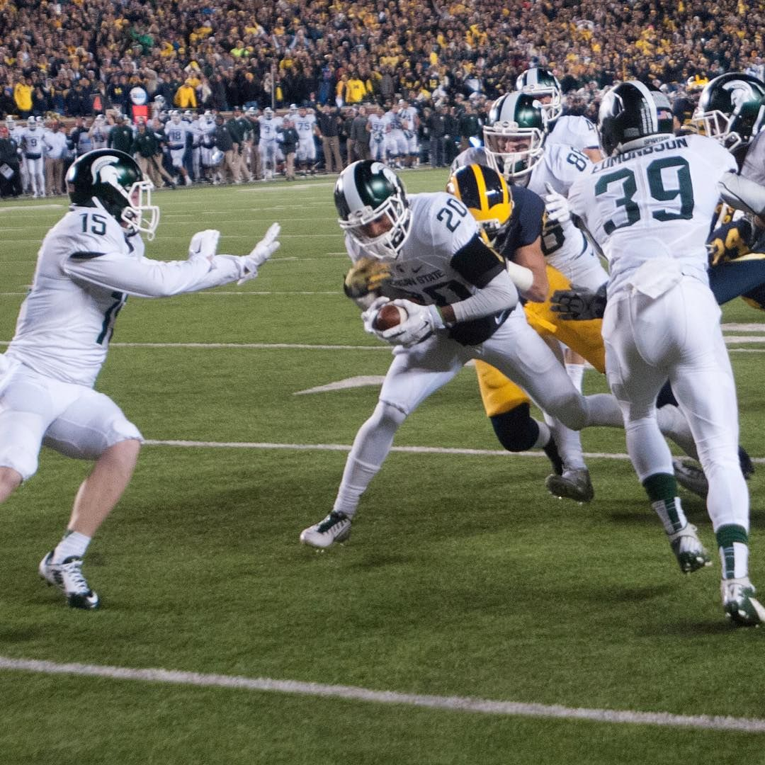 The State News On Instagram It May Be Monday But Seeing This Play Isn T Going To Get Old Sopho Michigan State Football Michigan State Spartans Msu Football