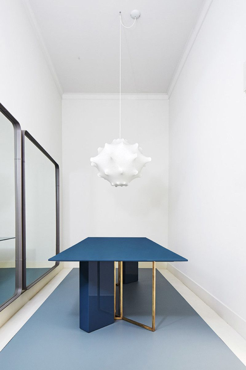 Plinto Sleek Interplay Of Shapes In Design Dining Table