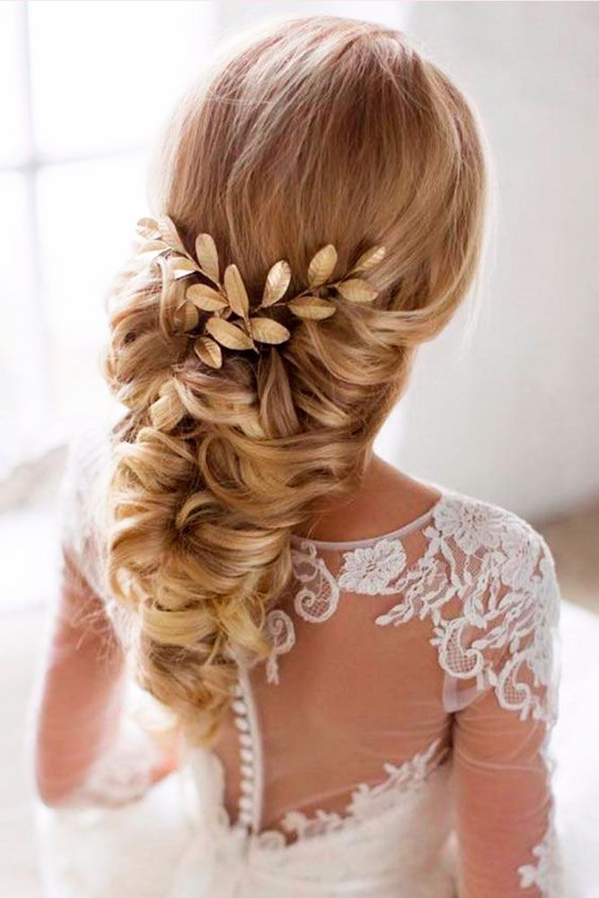 Wedding Hairstyles Best Ideas For 2020 Brides Wedding Hair Inspiration Wedding Haircut Wedding Hair Flowers