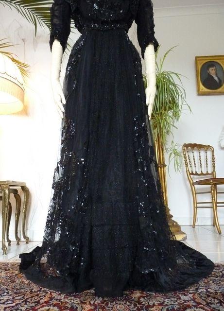 Elegant Ball Gown, ca. 1901, J.B. & W. Cockayne * Costumers* Sheffield