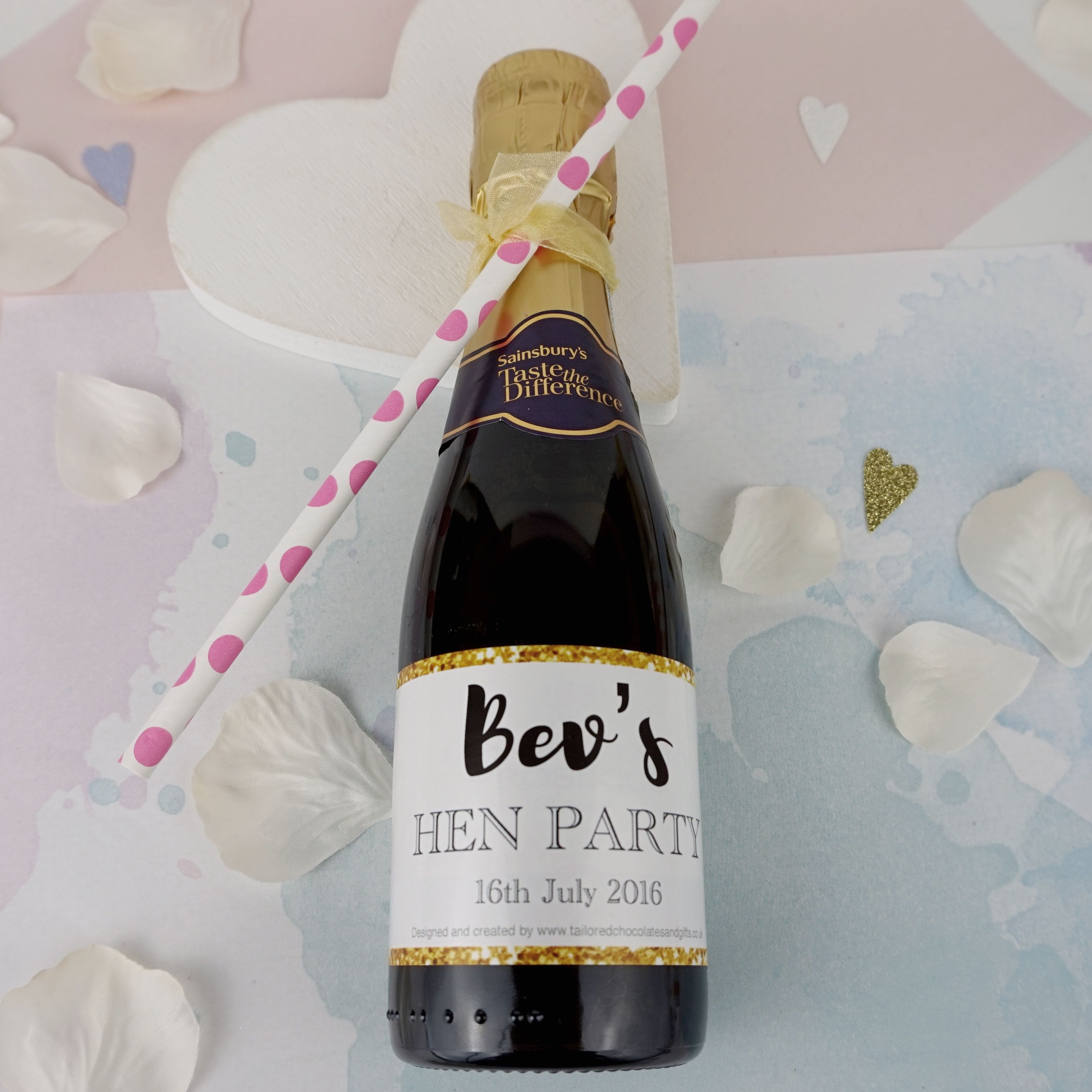 Personalised Team Bride Confetti Hen Night Party Mini Wine Bottle Labels Gift x8