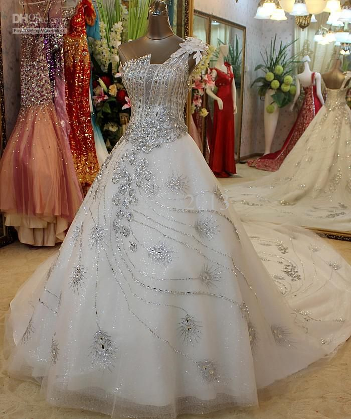 Wholesale Luxurious Peacock Pattern Embroidered Floor With Crystal Wedding Dress Free Shipping 3920