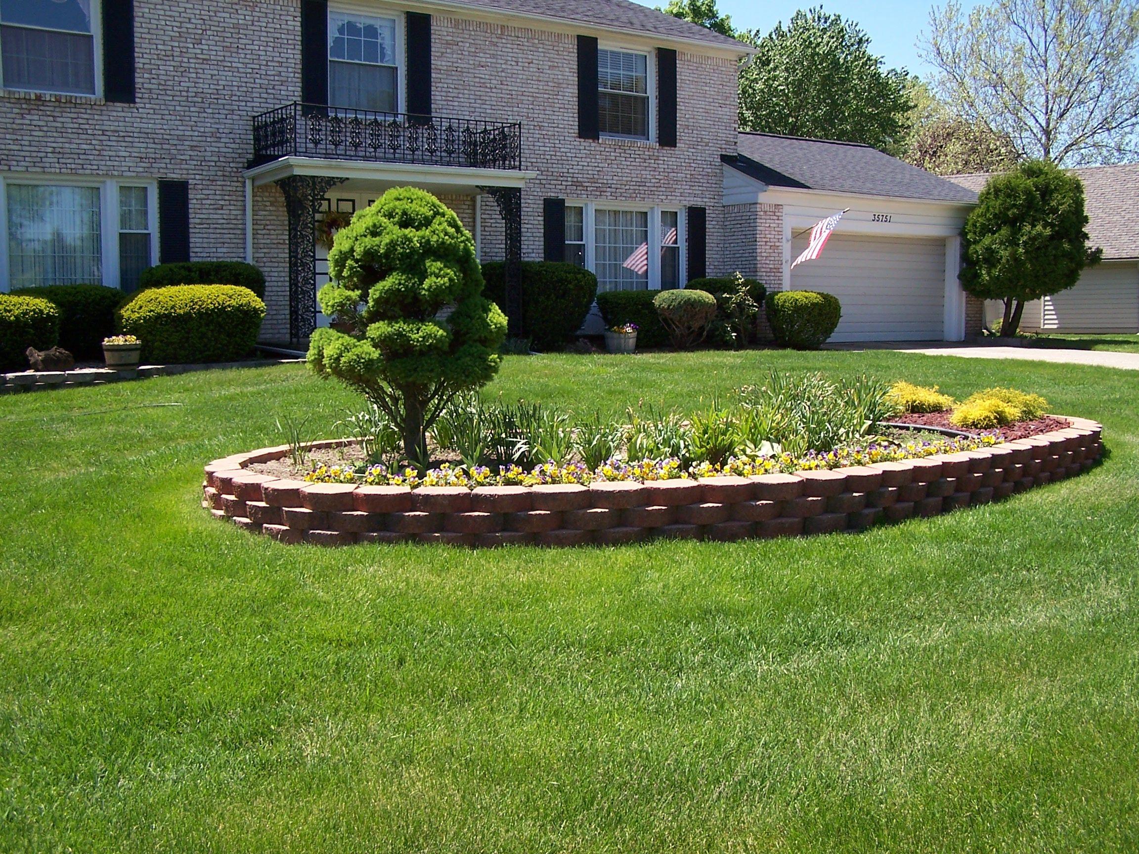 retaining walls for gardens Retaining Walls & Planters