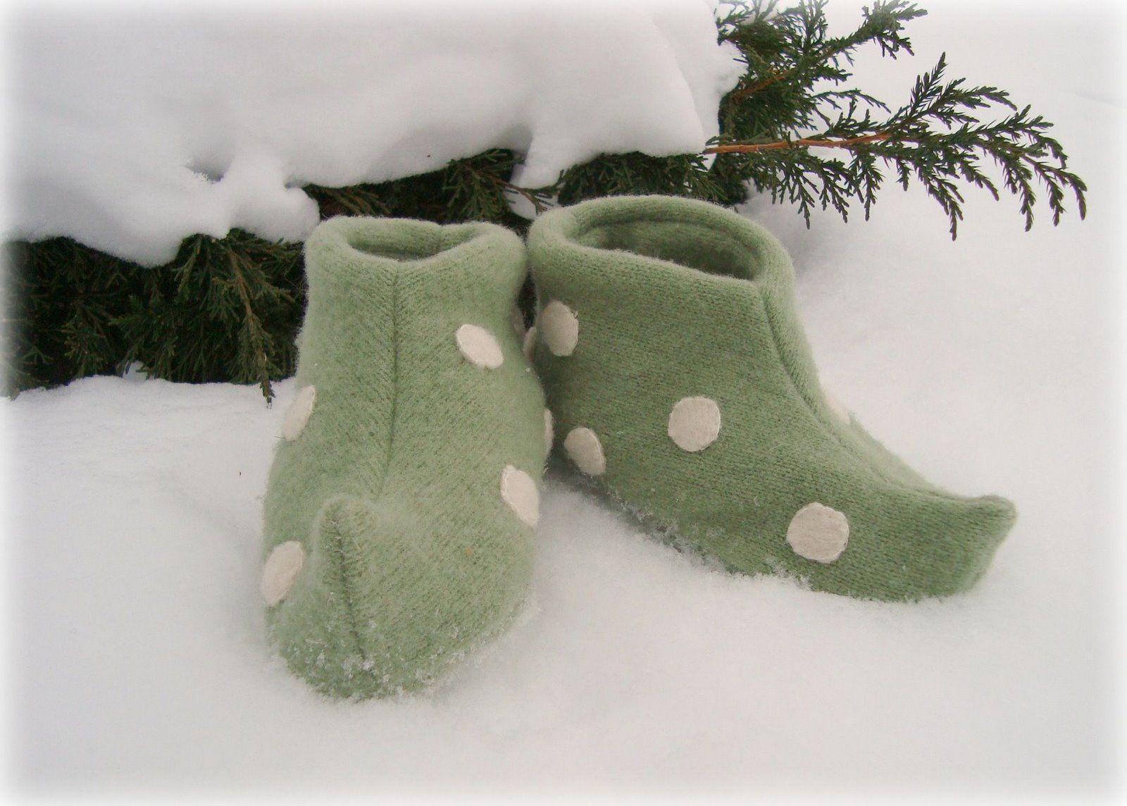 1d9d431d0d5c maya made  elf slippers  a tutorial