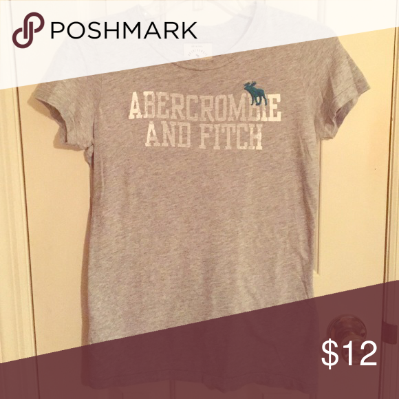 Abercrombie & Fitch T-shirt Abercrombie & Fitch medium t-shirt. Super comfortable! Abercrombie & Fitch Tops Tees - Short Sleeve